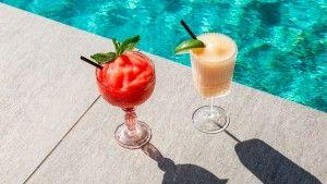 Summer Heats Up At Seattle's Only Infinity Pool With Four Seasons Hotel Seattle And Moet & Chandon