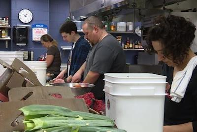 Nonprofit restaurant prepares meals for furloughed government workers