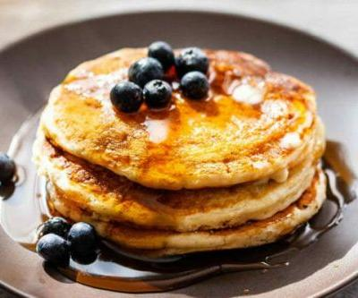How to Make Fluffy Buttermilk Pancakes