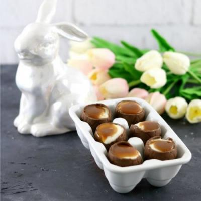 Easter Egg Filled Cheesecakes