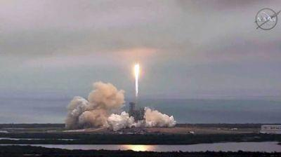 SpaceX launches rocket from NASA's historic pad to deliver cargo to ISS
