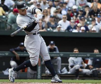 Yankees OF Aaron Judge leaves game with oblique injury
