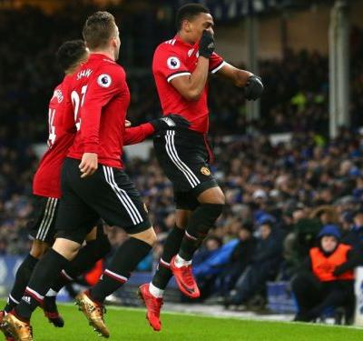 Everton 0 Manchester United 2: Martial and Lingard stunners decisive in Lukaku's absence