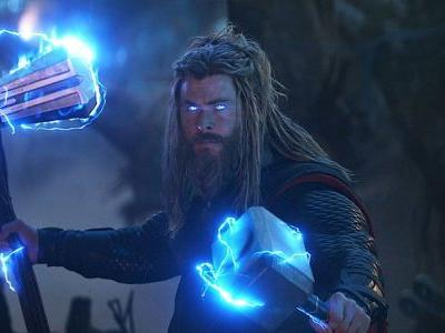 Chris Hemsworth Fought to Keep Fat Thor Throughout Avengers: Endgame