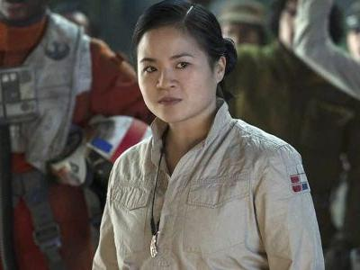 Star Wars' Kelly Marie Tran Had More Lines For The Oscars Than The Rise Of Skywalker, And Fans Are Losing It