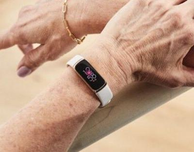 Fitbit Luxe health-fitness tracker renders leaked before launch