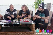 Cheat Codes Drink Pizza & Coke Smoothies at Hot 100 Fest: Watch