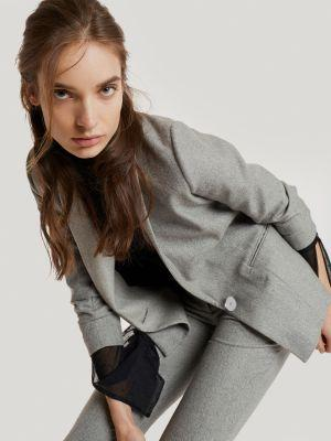 Carvoe Is Hiring A Freelance Fabric Sourcing Expert In New York, NY