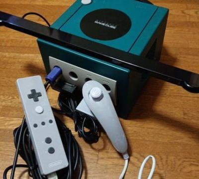 Turns out Nintendo made a rare Wii remote prototype for the GameCube