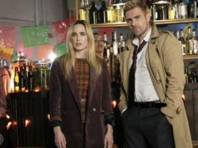 Legends of Tomorrow 4.10 Promo Has the Gang Looking For a Getaway