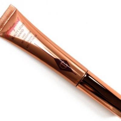 Charlotte Tilbury Hollywood Beauty Light Wand Review, Photos, Swatches