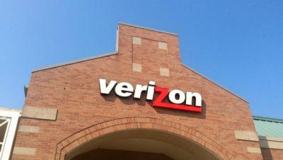 Verizon and Yahoo confirm $350 million acquisition discount following hacking scandals