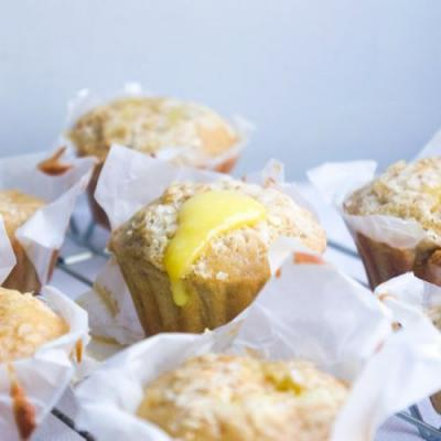 Lemon & Oatmeal Muffins