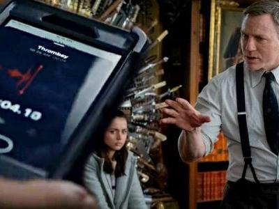 Apple Doesn't Let Movie Villains Use iPhones Says Knives Out Director Rian Johnson