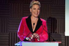 People's Choice Awards Honoree P!nk Urges Viewers to 'Change the F--ing World'