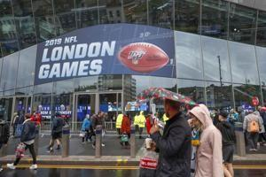 NFL's Week 6 starts with Panthers-Buccaneers in London