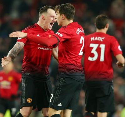 Manchester United 2 Burnley 2: Lindelof salvages dramatic draw