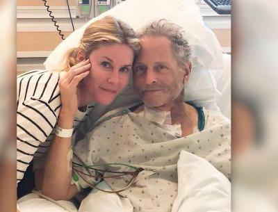Lindsey Buckingham suffers vocal cord damage during heart surgery