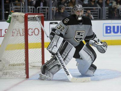 Kings' Ben Bishop acquisition shuffles value of four fantasy-relevant goalies