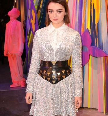 Hello to Maisie Williams, Her Cool AF Corset Look and No! One! Else!