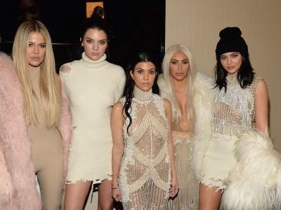 Kim, Khloé, Kourtney and Kylie Have a 'Double Date, Giving Kendall Some Serious 'FOMO'