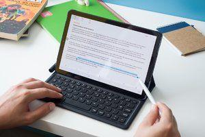 Best Samsung Galaxy Tab S4 deal yet lets you save $270 on a keyboard bundle