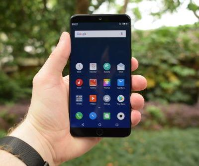 Hands-On With Meizu 15 & 15 Plus Android Smartphones