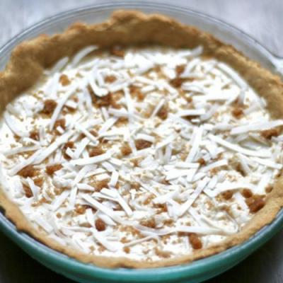 Cashew Coconut Cream Pie