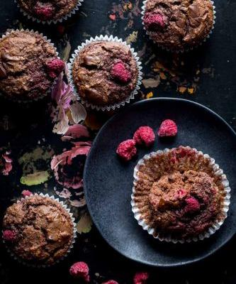 Paleo chocolate raspberry muffins
