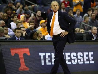 UCLA misses another target as Rick Barnes will remain at Tennessee
