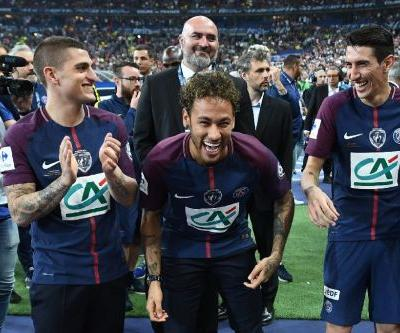 Neymar makes PSG return - as spectator