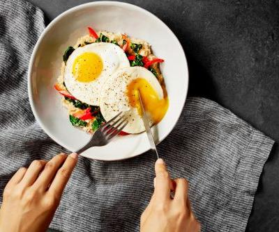 The Whole30 Diet Eliminates Bread, Grains, Beans, and More - So Is It Low-Carb?