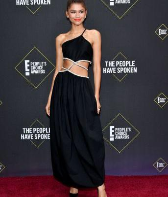 The Chicest Red Carpet Looks From the People's Choice Awards