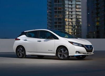 2019 Nissan Leaf e+ tries to play catch up by offering 226 miles of range