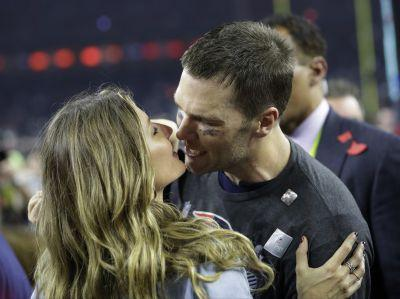 Mistakes can't keep Patriots from 5th Super Bowl title