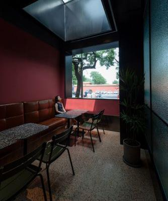 Red Wall Café / B336 Design Group