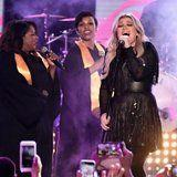 "CMTs: Kelly Clarkson Takes Us to Church With Her Soulful ""American Woman"" Performance"