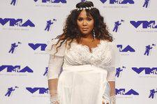 Lizzo Gives Sassy Performance Of 'Juice' On 'Tonight Show': Watch