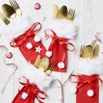 DIY Christmas table settings: How to make Santa sack cutlery holders