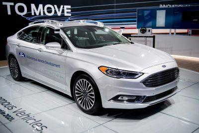Ford bets $1 billion on an unknown self-driving AI company
