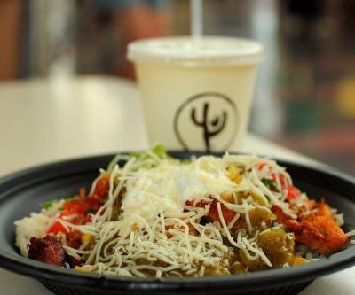 Attention, Keto Dieters: Here's How to Build the Perfect Low-Carb Bowl at Qdoba