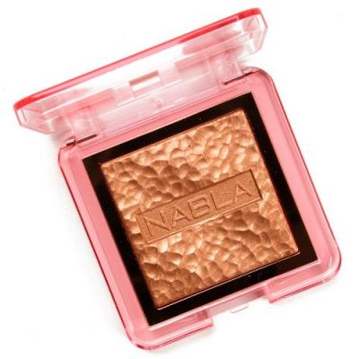 NABLA Cosmetics Lucent Jungle Skin Glazing Highlighter Review & Swatches