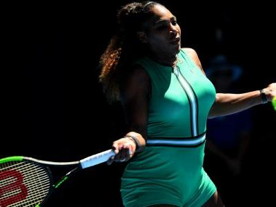 Australian Open 2019: Serena Williams sails into last 16