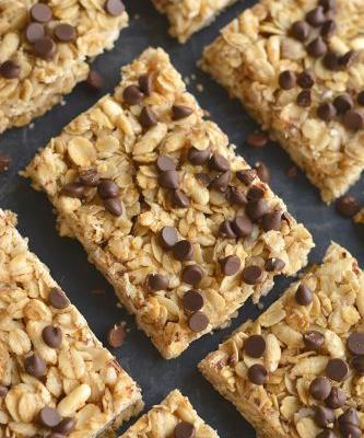 Honey Oats Chocolate Chip Granola Bars {GF + Low Cal}