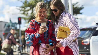 The 8 Summer Fashion Trends Everyone Is Searching for on the Internet Right Now