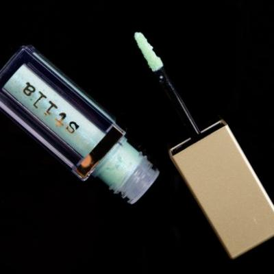 Stila Admiral Glitter & Glow Highlighter Review, Photos, Swatches