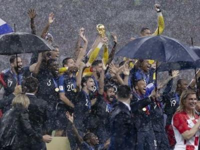 France blazes past Croatia to win World Cup title for the second time