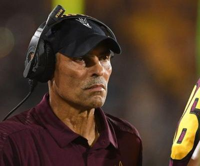 Saturday Night Five: ASU stumbles in Las Vegas, the Tedford factor, a major recruiting win, hoop woes, pushing for playoff expansion