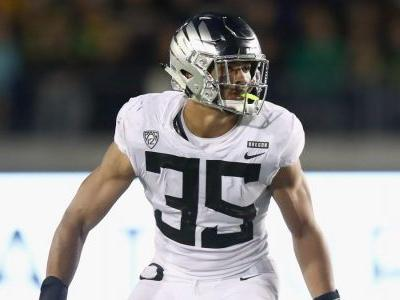 Oregon's leading tackler LB Troy Dye skipping NFL Draft to remain with the Ducks