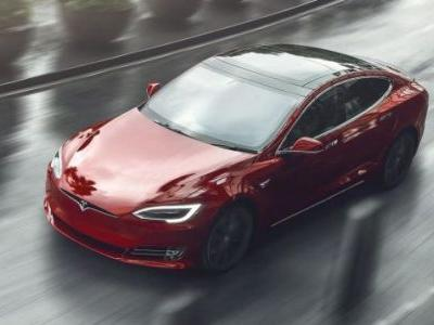 Tesla Model S Refresh With Minimalist Interior and Model 3 Motors Coming This Year: Report